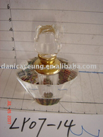 Refillable crystal glass perfume bottles uk for gift use or car decoration