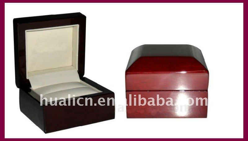 luxury curve shape wooden jewelry ring box for sale