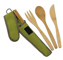 Heat and stain-resistant bamboo knife spoon and fork flatware with recycled plastic pouch