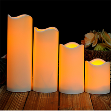 Led moving wick flameless candle
