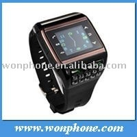 Low Cost Laids Watch Mobile Phone Q6 with 2.0MP Camera