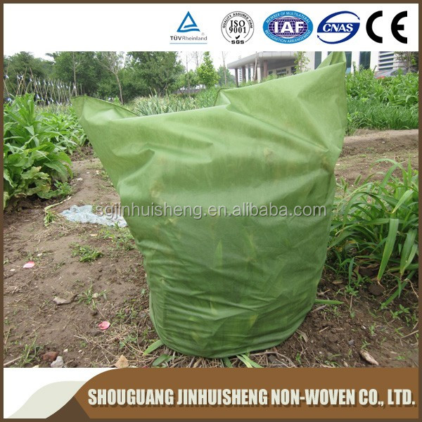 [FACTORY ] BSCI certificate Nonwoven winter fleece plant covers/tree protection cover/protective ground cover