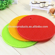 2016 Cute Round Table Mat Silicone Heat Resistant Coasters Cup Rubber Insulation Mat