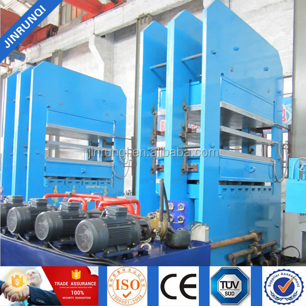 Hydraulic rubber compression molding machine for car floor mats