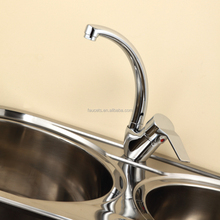 Chrome Finished Fashionable Flexible Kitchen Sink Faucet