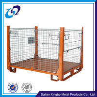 Foldable metal wire mesh pallet cage