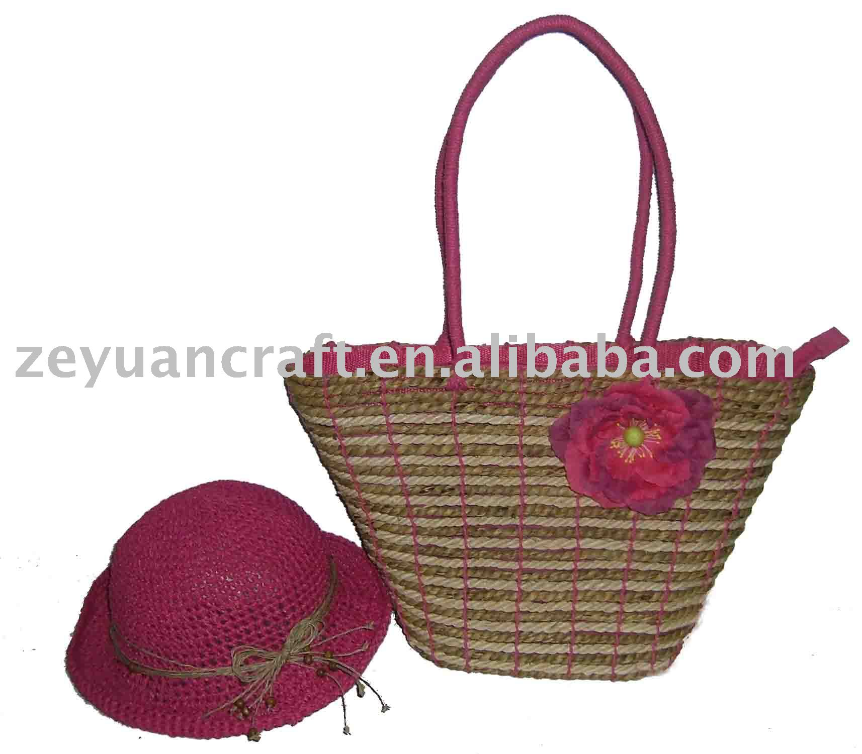beach bag and hat sraw bag