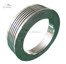There is a strong abrasion resistance of ductile cast iron tractor,elevator parts 400*(5-6)*10