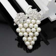 Shining clear Classic style crystal fashion Wedding Bridal decoration pearl rhinestone brooches