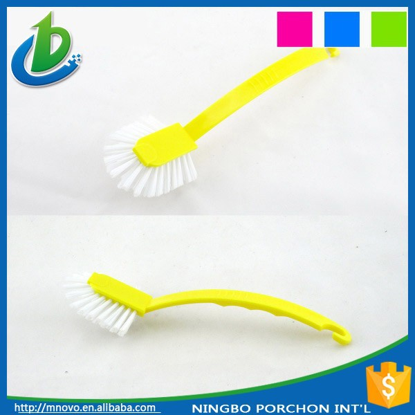 Bathtub cleaning brushes plastic gutter tool