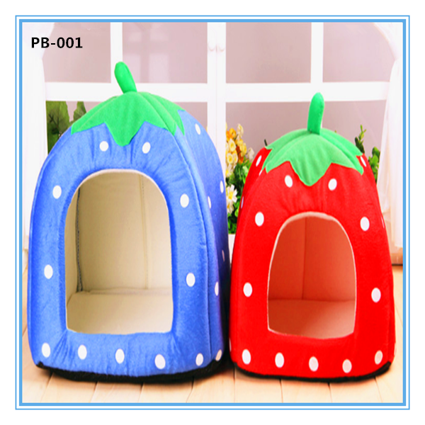 Wholesale dog supplies cheap luxury Strawberry shaped pet dog bed