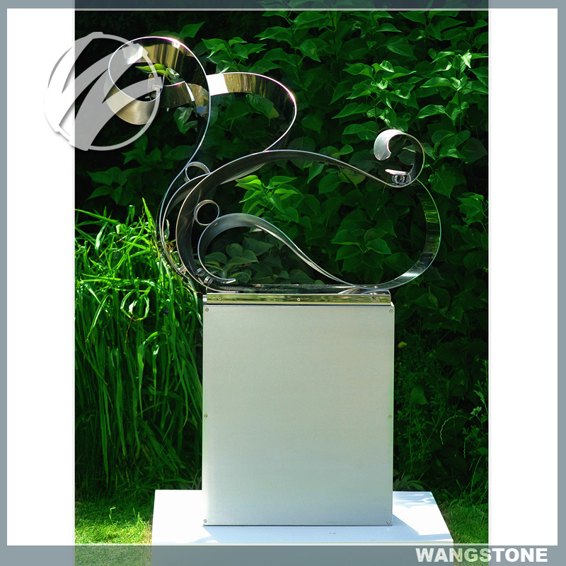 Outdoor Small Size Polished Garden Sculpture