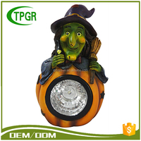 Wholesale Large Outdoor Polyresin Garden Solar Artificial Witch Pumpkins Halloween Decoration
