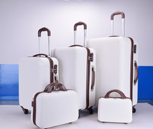New style fashion striped ABS PC luggage case with beauty case