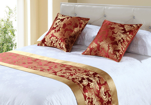 china factory Luxury bedding set size of queen hotel bed runner