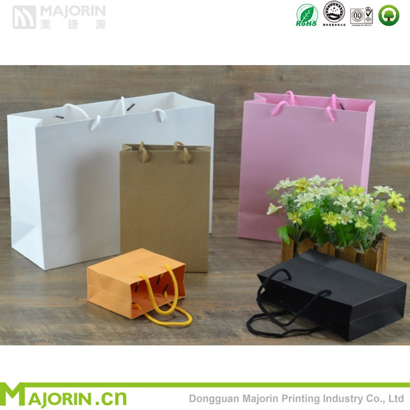 Custom kraft paper bag with handle for shopping