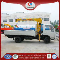 4 x2 Drive Dongfeng mini truck with loading crane, dumper truck with crane