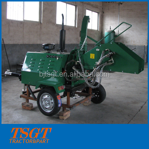 tractor towable wood chipper with 18hp diesel engine