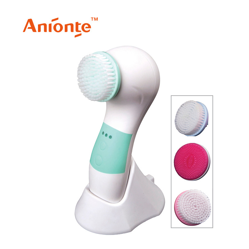 Sonic Cleaner Brush With Cool Foam Penatrates Deep Into Pores To Efficiency Remove Dirt,oil And Make Up