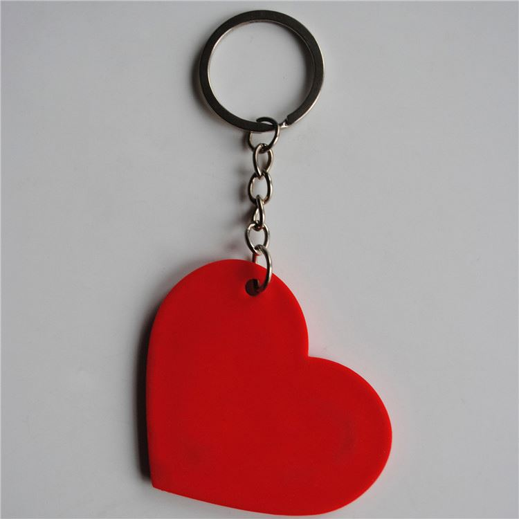 Professional made custom design promotional gift pvc keyring keychains China sale