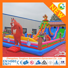 2017 new inflatable Bear Design Bounce House / inflatable jumping castle with slide