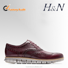 Factory sale Leather material Pretty Men Sneakers