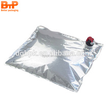 Plastic packaging liquid red wine bag in box