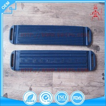 Dark blue color washboard type plastic raised back washer