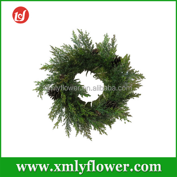 Wholesale Green Berry Wreaths Artificial Pine Wreaths