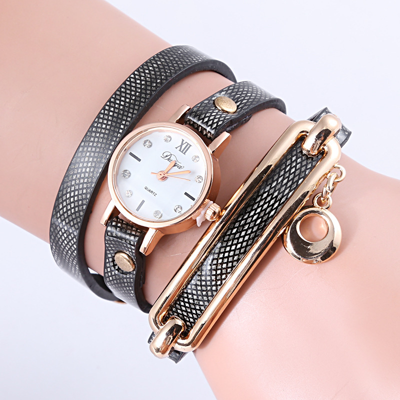 Personality Watchband Vogue Popular Ladies Vintage Bracelet Watch