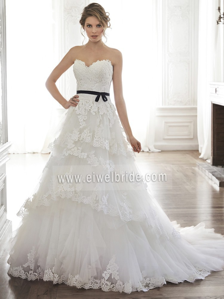 Excellent Long Tails Strapless 4 Layered Appliqued Real Pictures of Wedding Dress