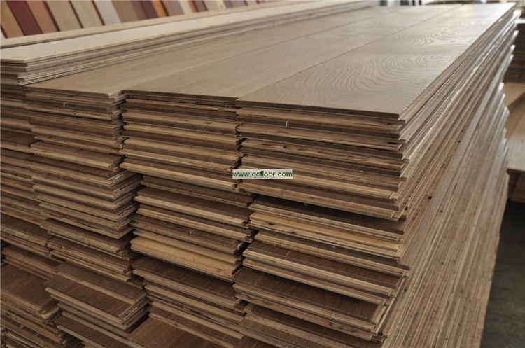 high end engineer smoked oak parquet flooring from China