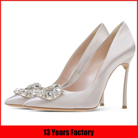 fashion silver party shoe with matching bag italian design