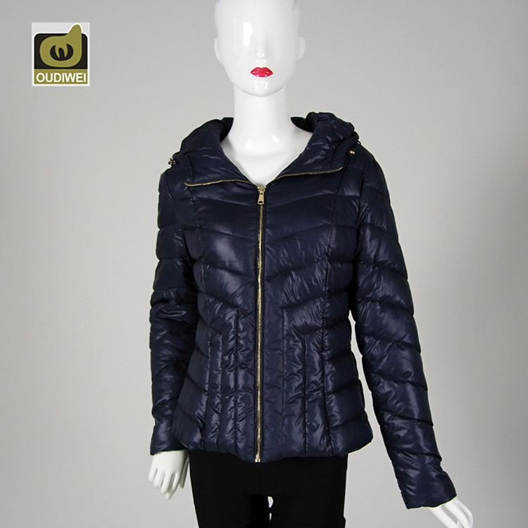 Unique design comfortable delicate short hooded ladies fashion coat