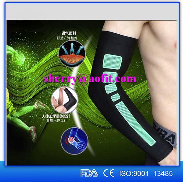 Wholesale Cycling Basketball Padded Compression Arm Sleeve Elbow Support Protector