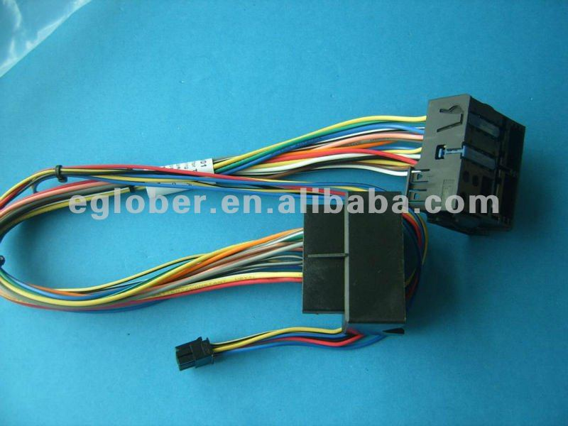 Durable and pracrical Mercedes-Benz NTG2, NTG2.5, NTG4,NTG4.5 OEM cable harness