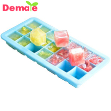 Factory price FDA approval silicone ice cube tray with lid