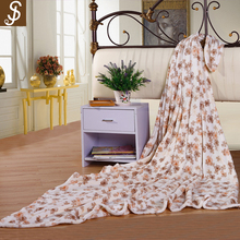 S&J 2017 high quality 100% polyester knitted precious moments coral fleece blanket