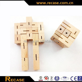 Educational wooden pine robot toy,colors customize toy robot man