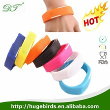 Promotional Colorful Phone Sport Silicon Trap Wrist Smart Bracelet Bluetooth Wireless LED Watches