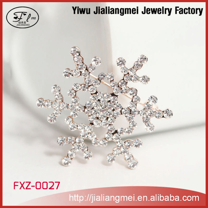 Snow Shaped Rhinestone Buckles Christmas Silver Hanging Decorative Snowflakes Brooch