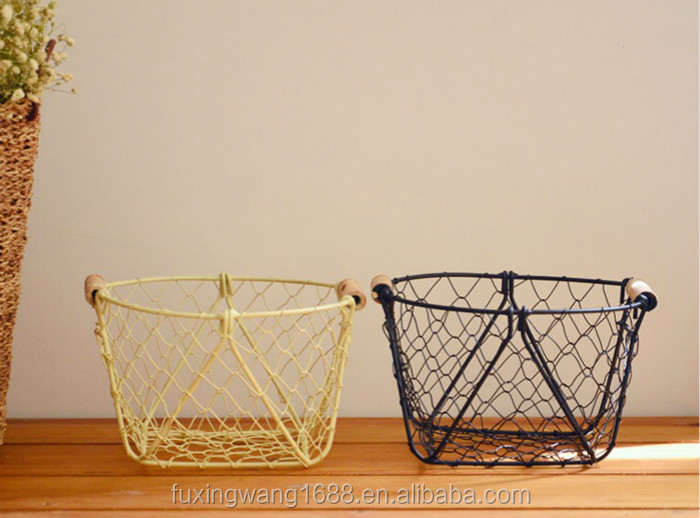 Hand Woven Modern Iron Wire Net Fruit Storage Basket Multifuction Iron Craft Home Decoration Gift