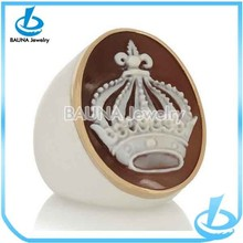 Wholesale fashion beautiful alloy crown ring india
