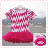 2013 wholesale hot pink and white chevron bodysuit for baby