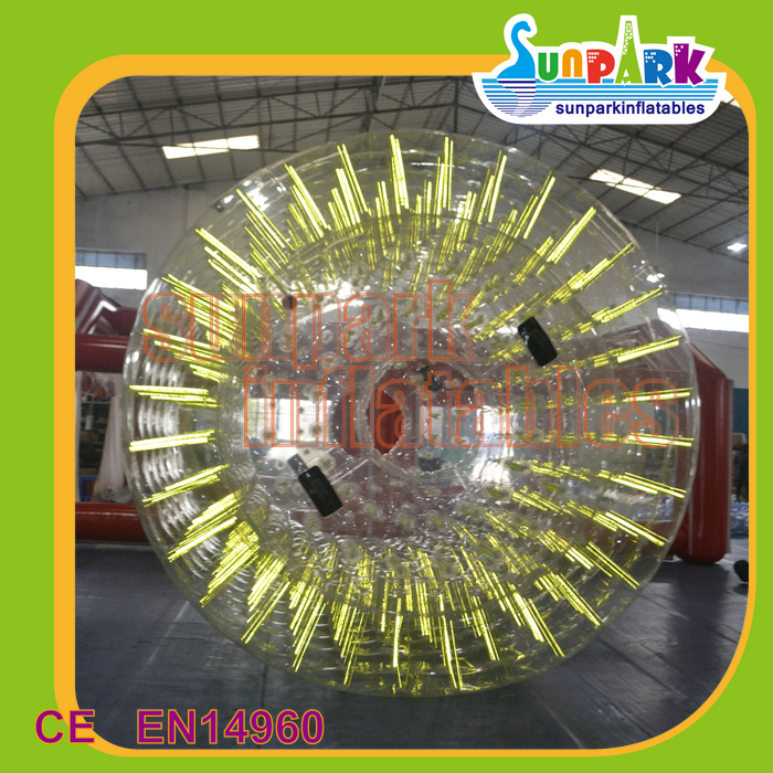 Guangzhou Supplier water games Colorful PVC inflatable rolling ball for kids