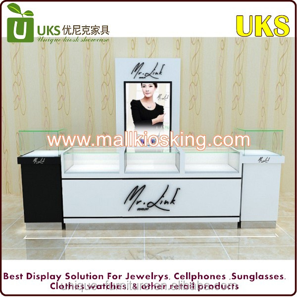 Beautiful jewelry display case and cabinet/wood portable jewelry display cases