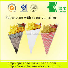 Folding paper cone for potato crisps