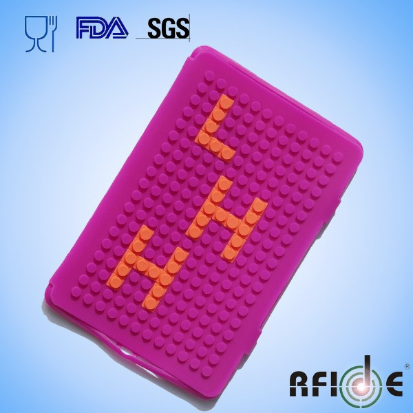 Silicone mini pad case