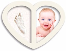 New Design 2017 Baby Handprint and Footprint Clay Heart Shape Photo Frame Hand Casting Kit Unique Gift Ideas for Baby Shower