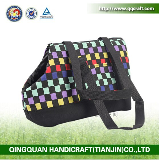BSCI QQFactory mini size comfortable material fashion design pet carrier